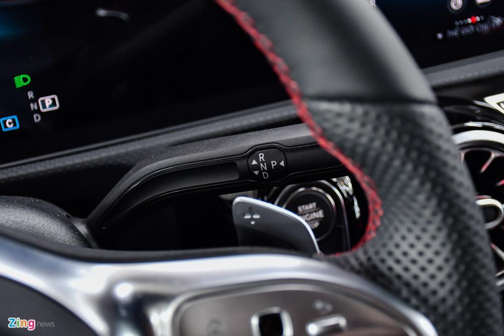 Mercedes-AMG A 35 4MATIC Sedan - xe the thao gia 2,249 ty tai VN hinh anh 20 Mercedes_AMG_A_35_Sedan_Zing_39_.jpg