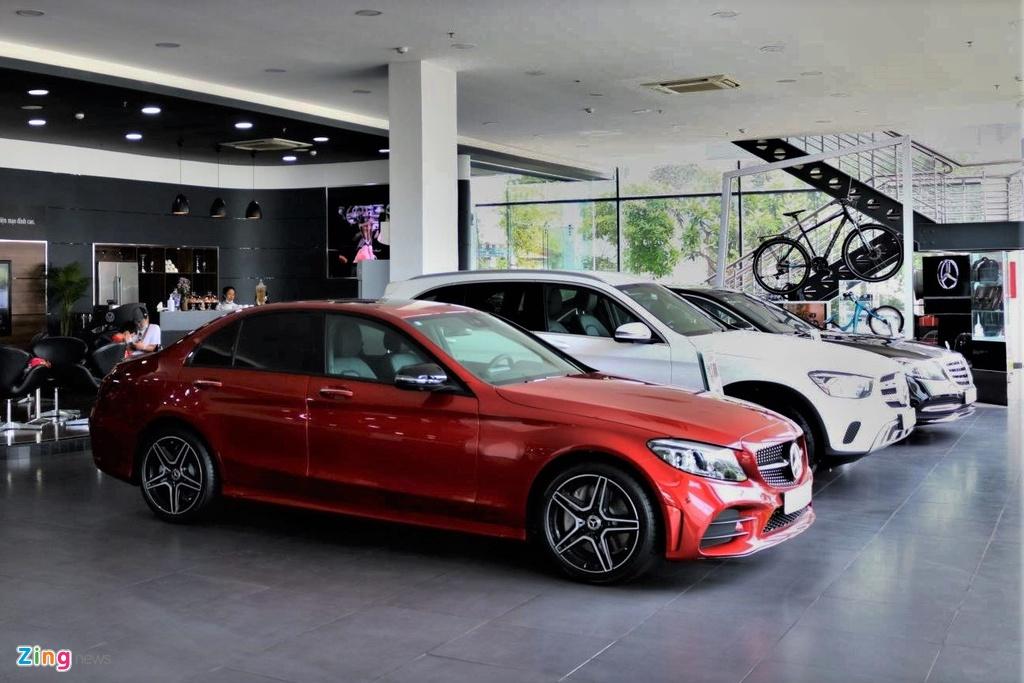 Khach dung mua xe, cho giam 50% phi truoc ba oto lap rap hinh anh 2 Mercedes_Haxaco_Zing.jpg