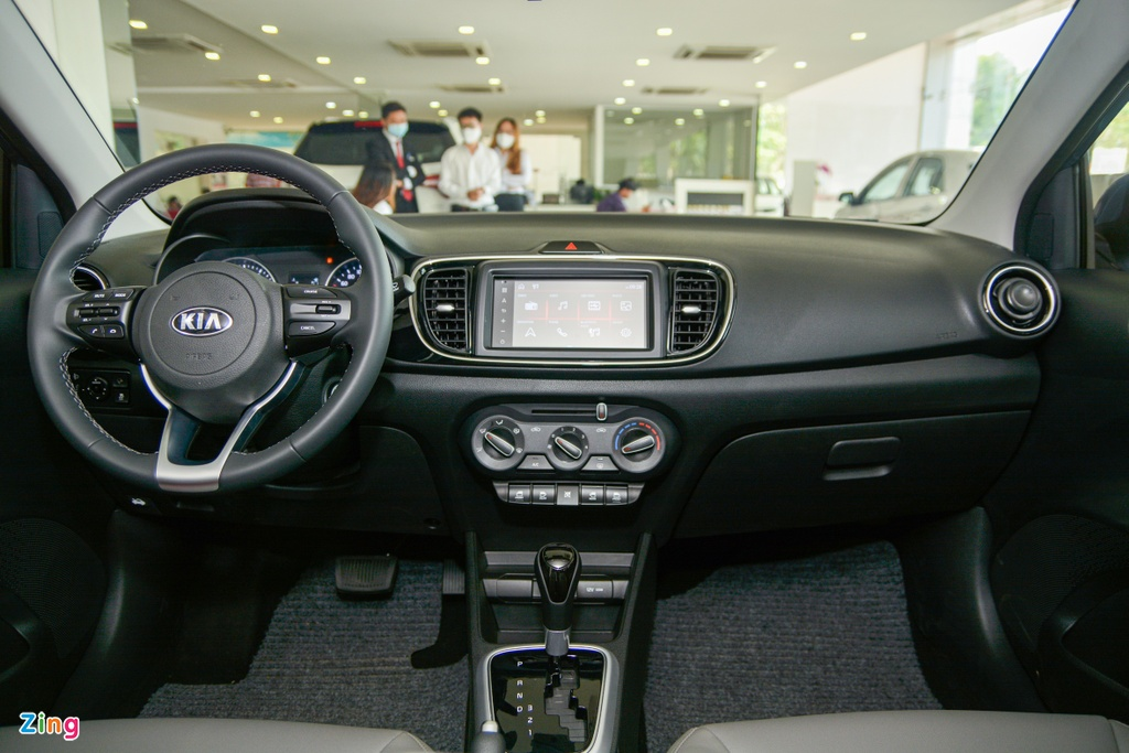 Voi 500 trieu dong chon Kia Soluto hay Hyundai Accent hinh anh 6 1_SolutoATLuxury_zing_3.jpg