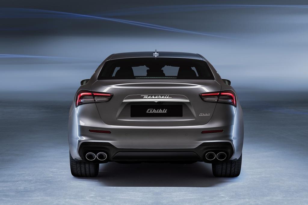Maserati Ghibli Hybrid 2021 anh 14