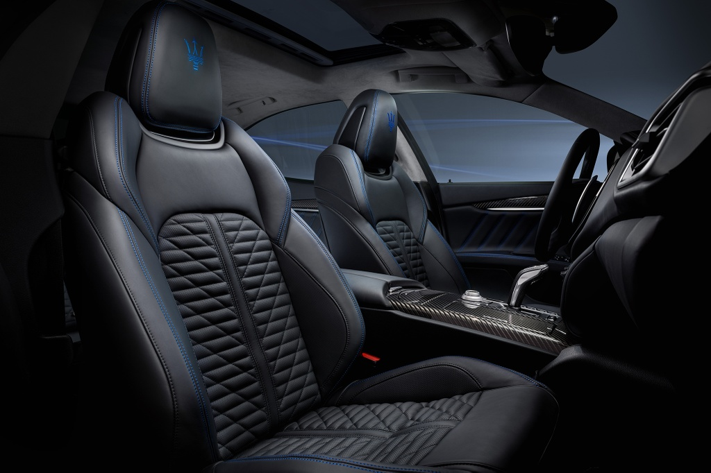 Maserati Ghibli Hybrid 2021 anh 9