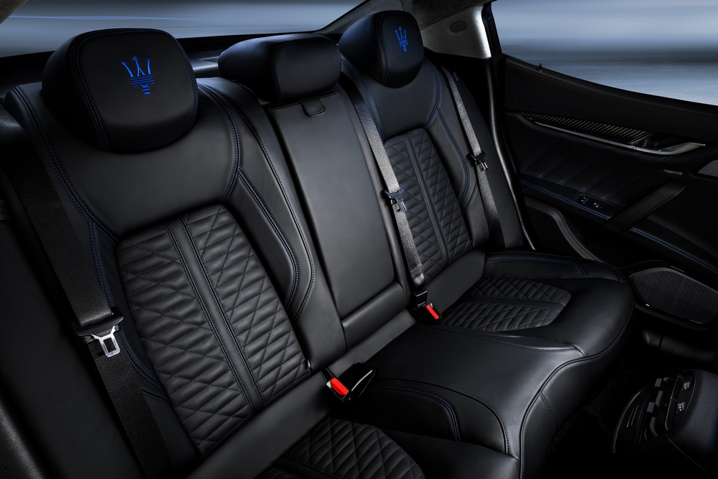 Maserati Ghibli Hybrid 2021 anh 10