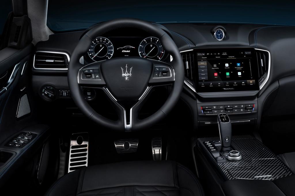 Maserati Ghibli Hybrid 2021 anh 8