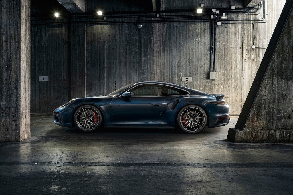Porsche 911 Turbo 2021 anh 9