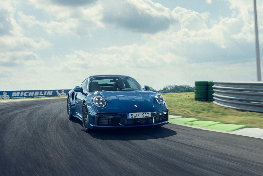 Porsche 911 Turbo 2021 anh 4