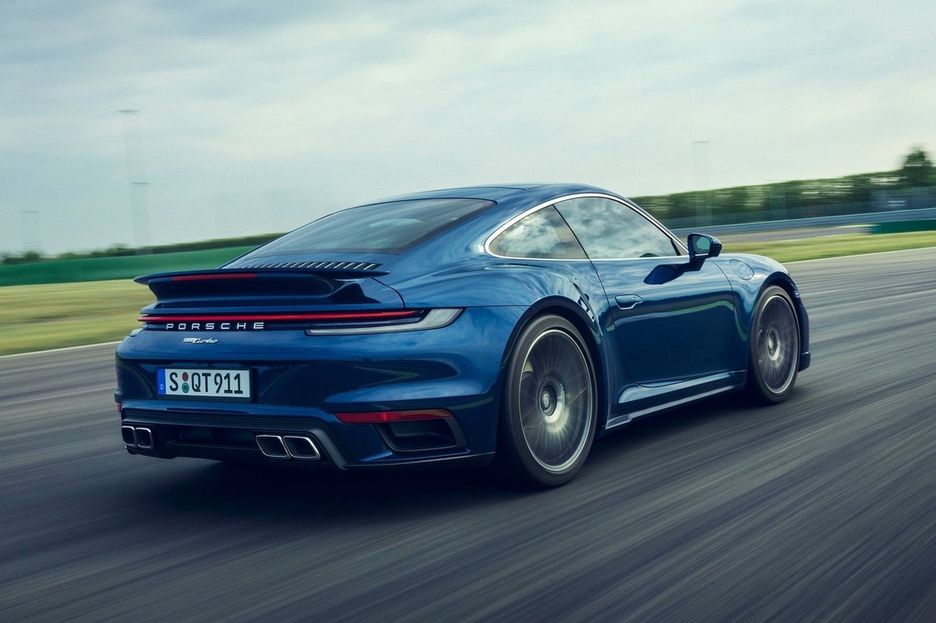 Porsche 911 Turbo 2021 anh 2