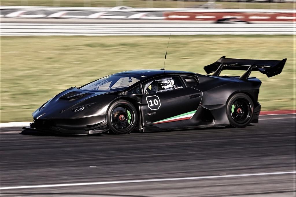 Lamborghini Huracan do 1.200 ma luc anh 7