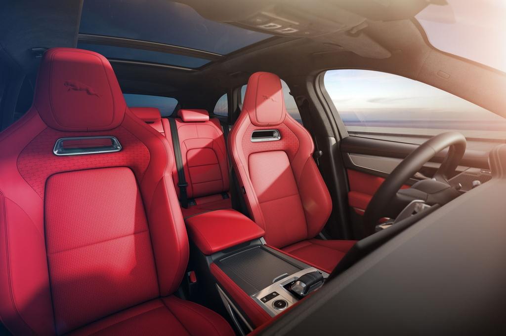 Jaguar F-Pace 2021 anh 10