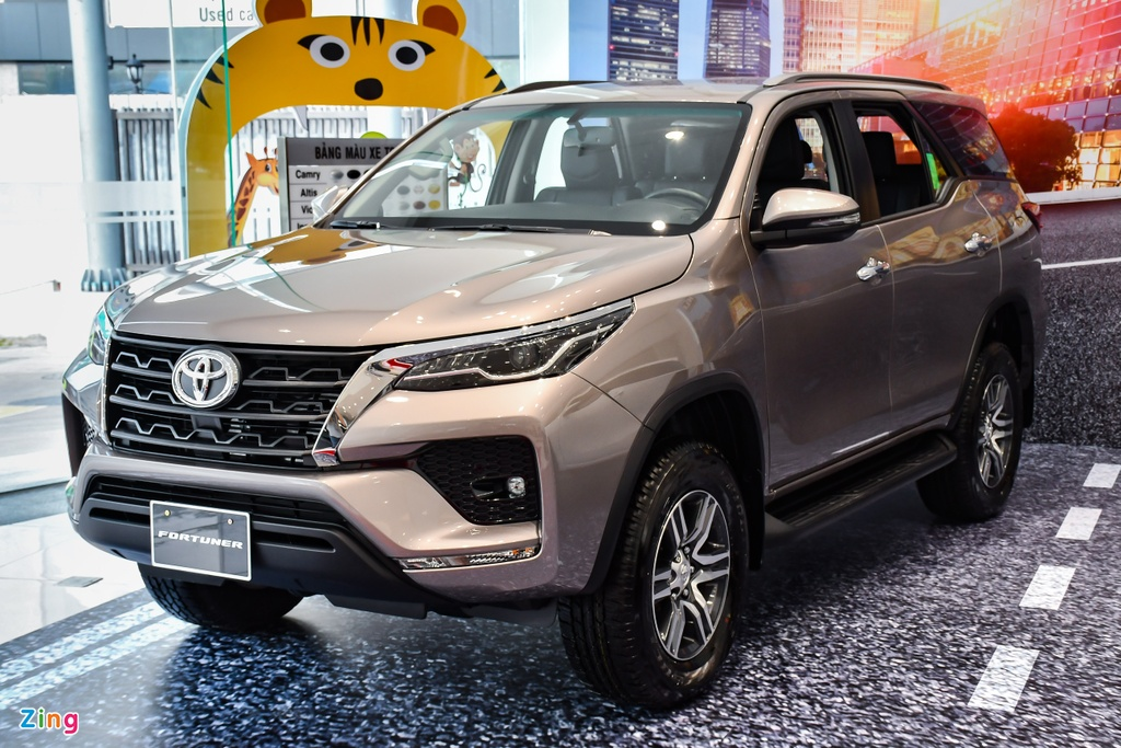Toyota Fortuner 2021 anh 1