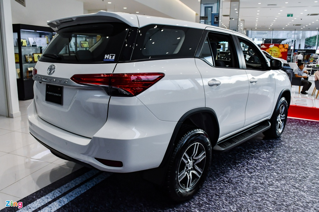 Toyota Fortuner 2021 anh 6