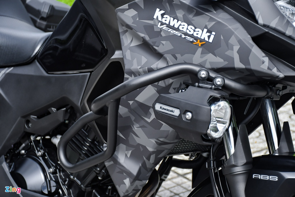 Kawasaki Versys 300 Tourer anh 6