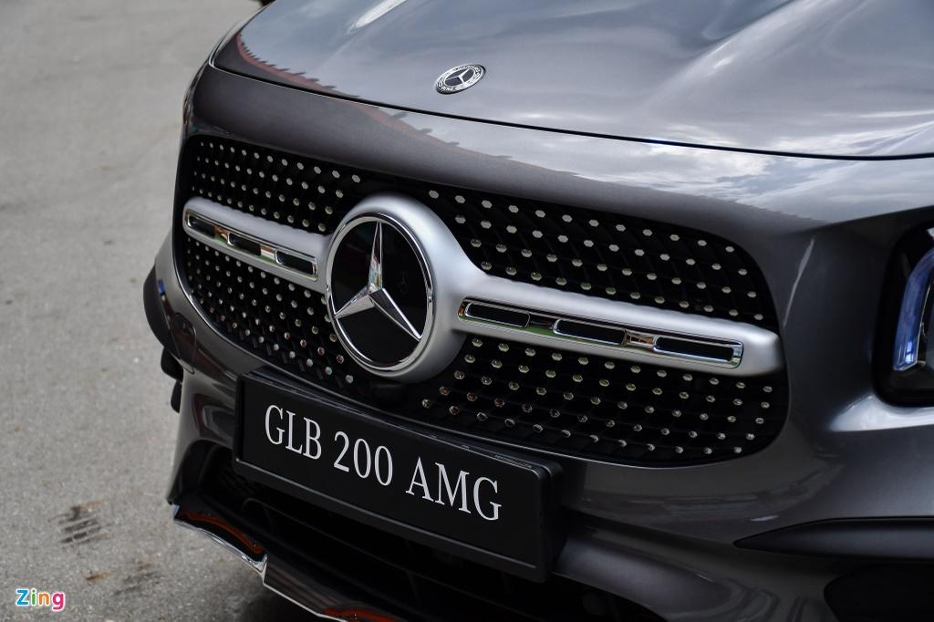 Mercedes GLB 200 AMG anh 9