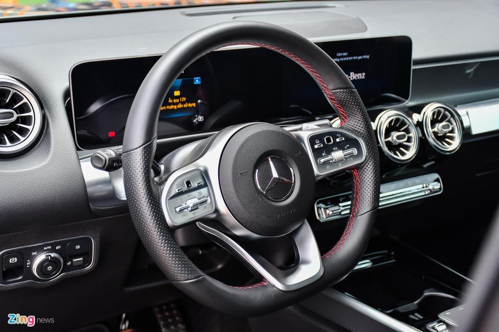 Mercedes GLB 200 AMG anh 22