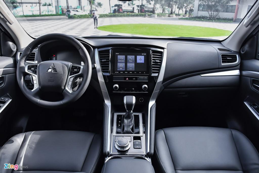 Mitsubishi Pajero Sport 2020 anh 13