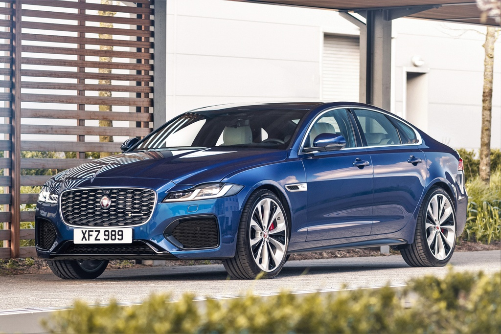 Jaguar XF 2021 anh 1