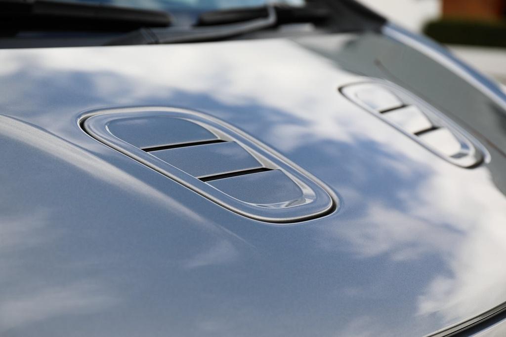 Xe ti hon cua Aston Martin anh 7