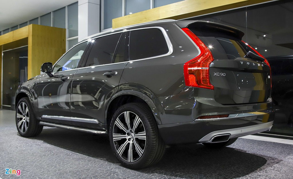Volvo XC90 T8 2020 anh 3
