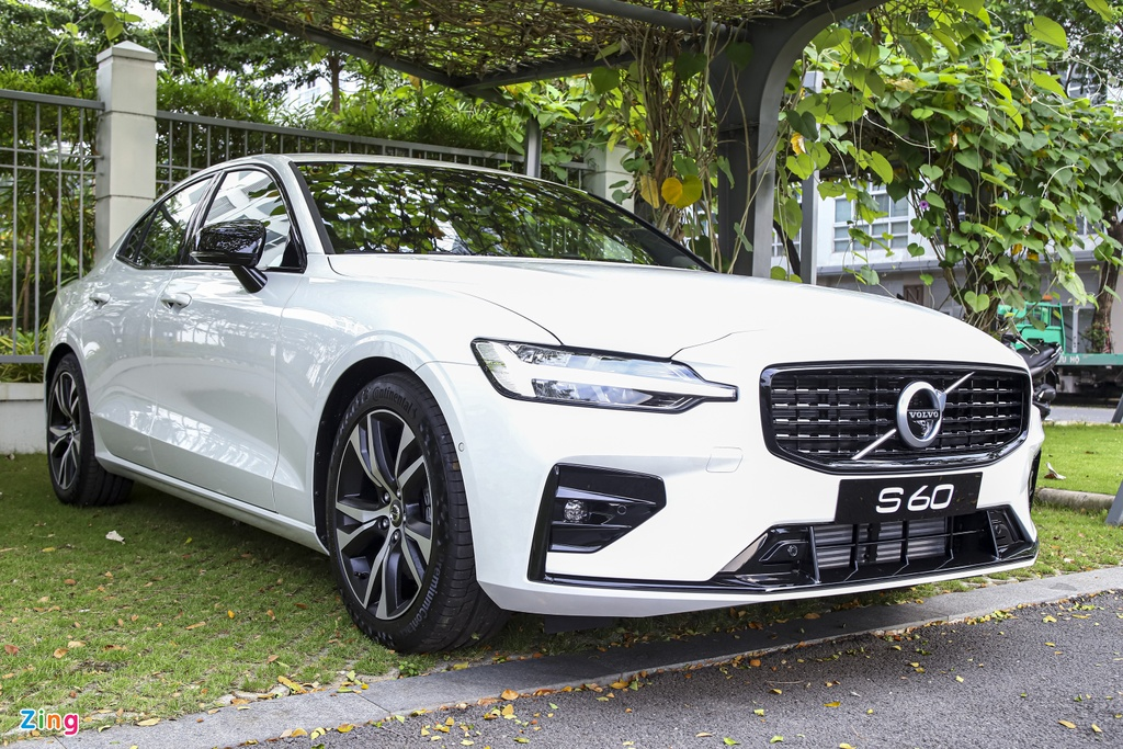 Volvo S60 R-Design anh 1