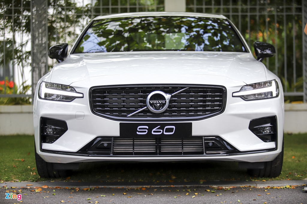 Volvo S60 R-Design anh 4