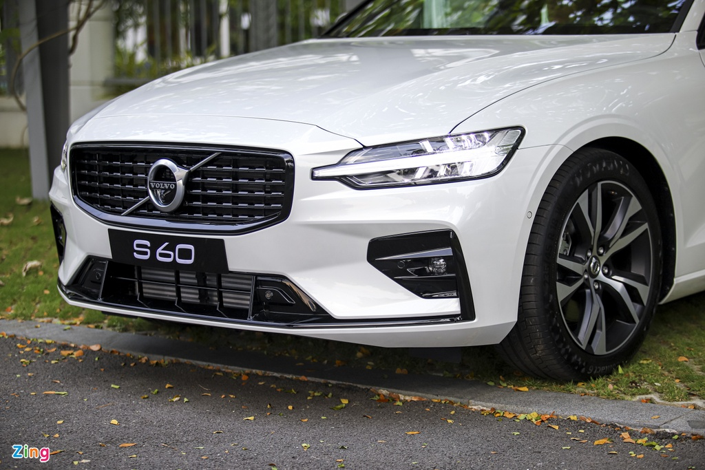 Volvo S60 R-Design anh 22