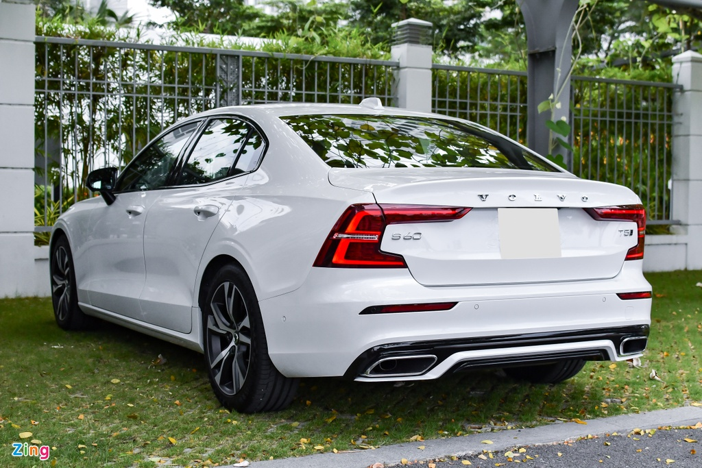 Volvo S60 R-Design anh 3