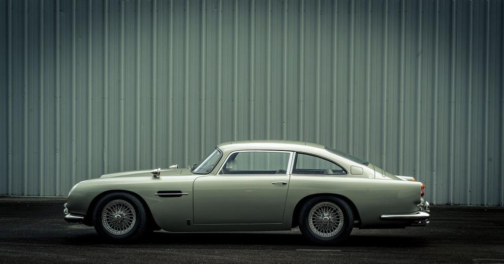 xe Aston Martin cua James Bond anh 2