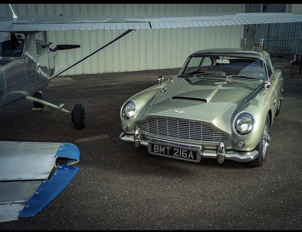 xe Aston Martin cua James Bond anh 1