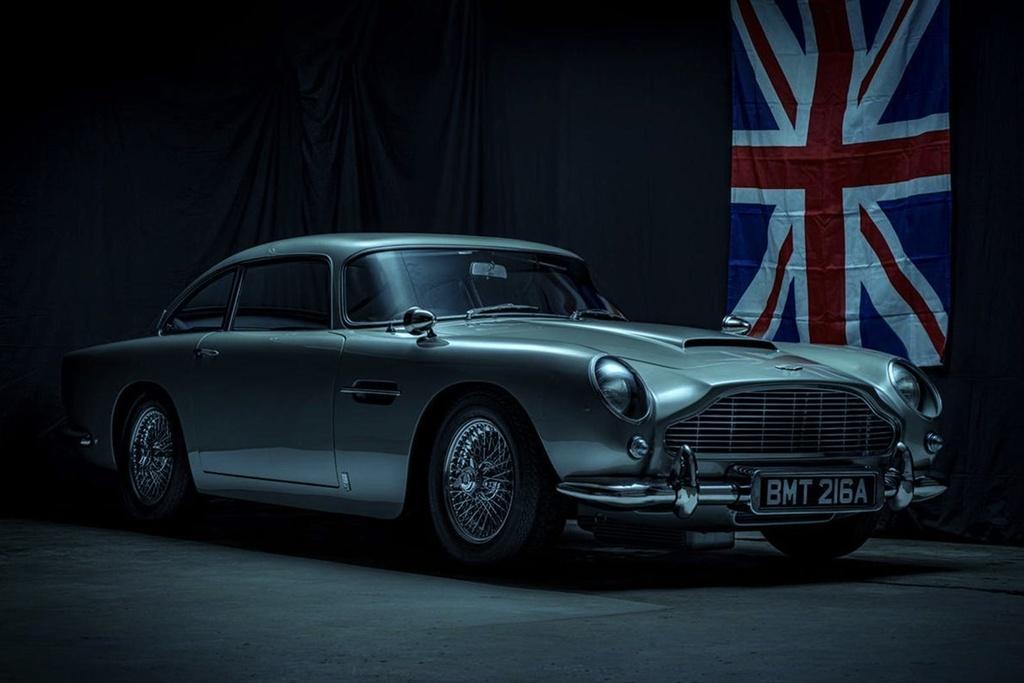 xe Aston Martin cua James Bond anh 4