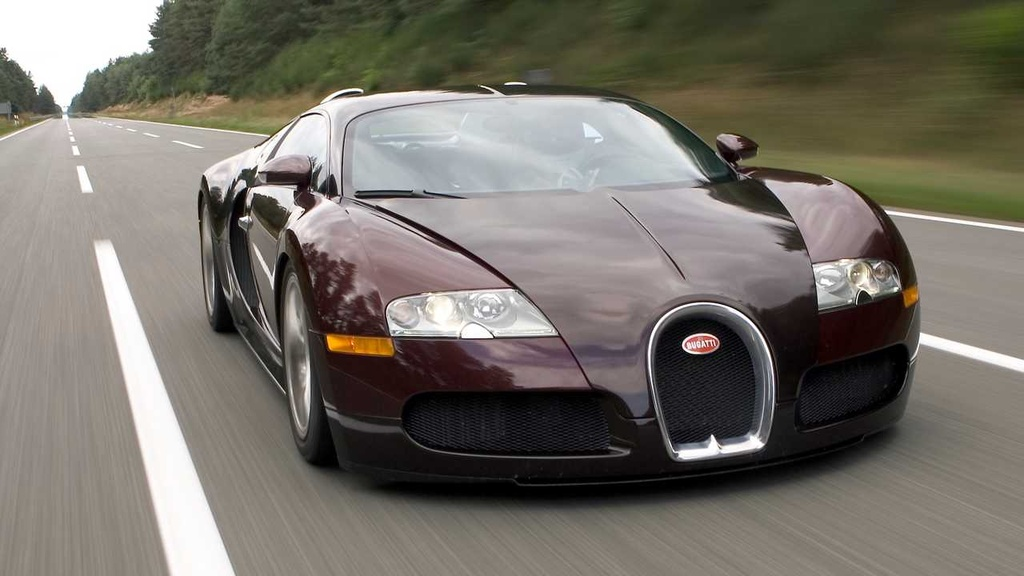 15 nam truoc, ong hoang toc do Bugatti Veyron lap ky luc dau tien hinh anh 2 bugatti_veyron_15th_year_since_breaking_the_250_mph_barrier.jpg