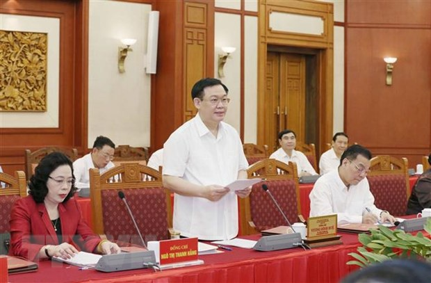 Bo Chinh tri lam viec voi Thanh uy Ha Noi anh 2