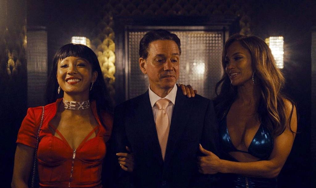 'Hustlers' - Jennifer Lopez xuat sac trong vai 'chi dai' vu nu thoat y hinh anh 3
