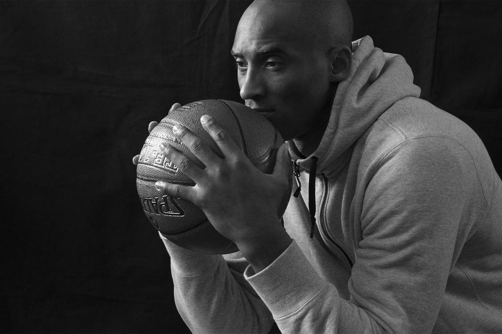 Kobe Bryant qua doi anh 1