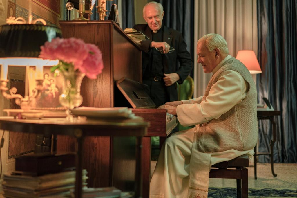 'The Two Popes' - dang sau su kien gay chan dong tai Vatican hoi 2013 hinh anh 6 006.jpg