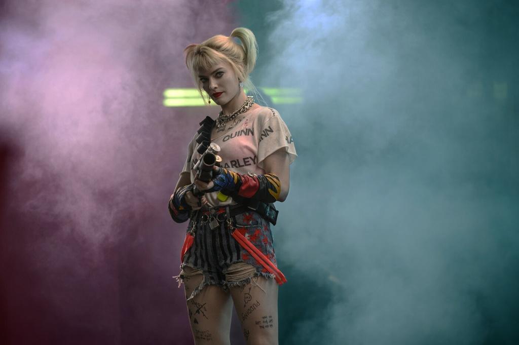 'Cuoc lot xac cua Harley Quinn' - soi dong, cuong nhiet va hai huoc hinh anh 5 011.jpg