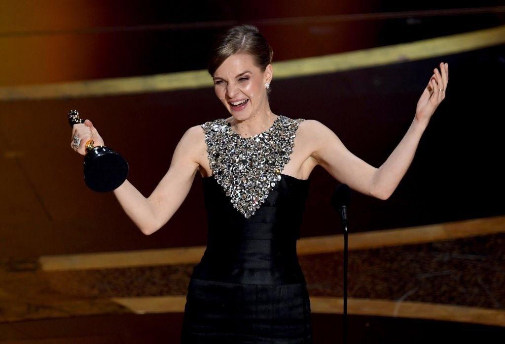 Chuoi ky luc cua 'Ky sinh trung' va nhung dieu ly thu tai Oscar 2020 hinh anh 11 EQYqfL6U8AAQlLw.jpg