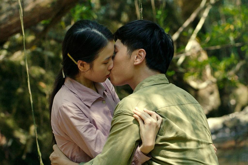 Phim chien tranh 'Truyen thuyet ve Quan Tien' - lung chung cam xuc hinh anh 1 122_15891304927651236864118.jpg
