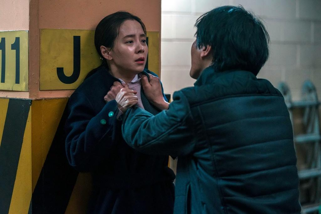 review phim Ke xam nhap anh 3