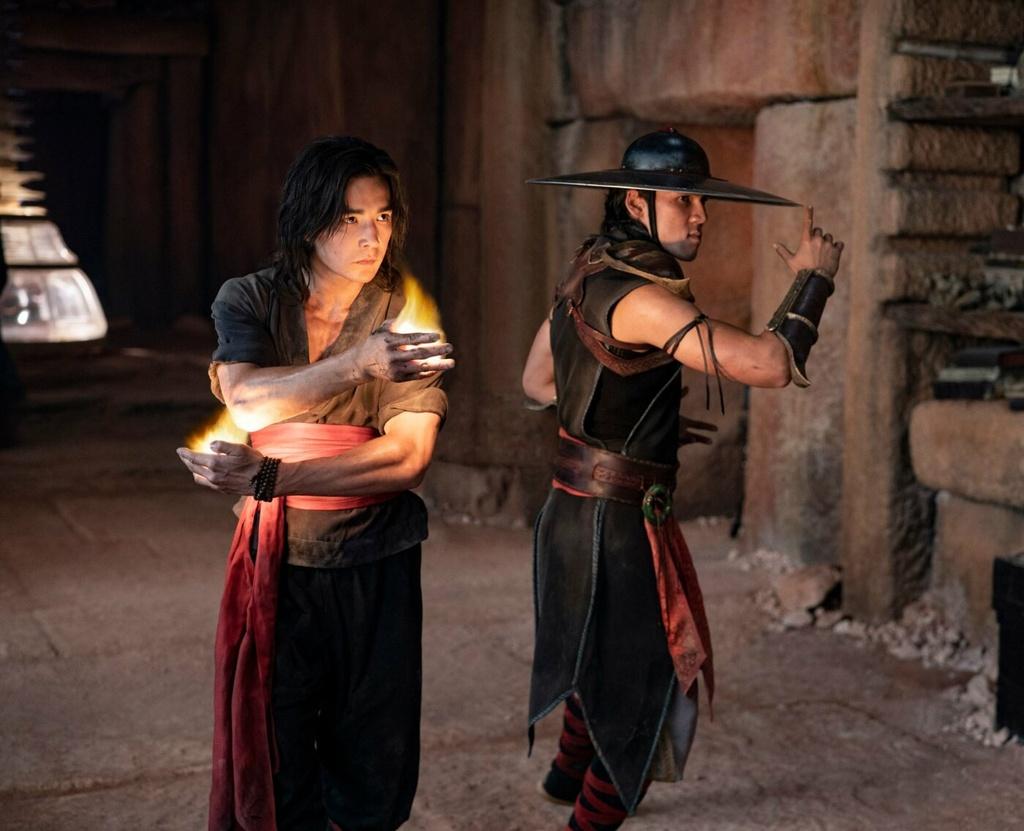 review phim Mortal Kombat anh 4