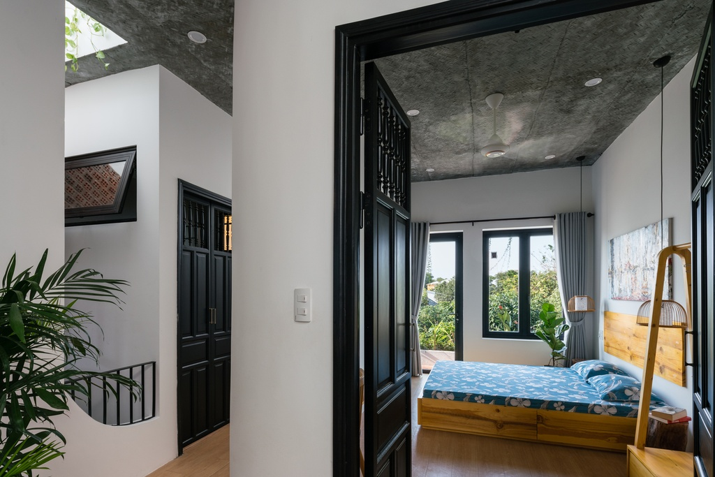 Ngoi nha mang thiet ke nhu mot Hoi An thu nho hinh anh 11 11.jpg  Ngôi nhà mang thiết kế như một Hội An thu nhỏ 11