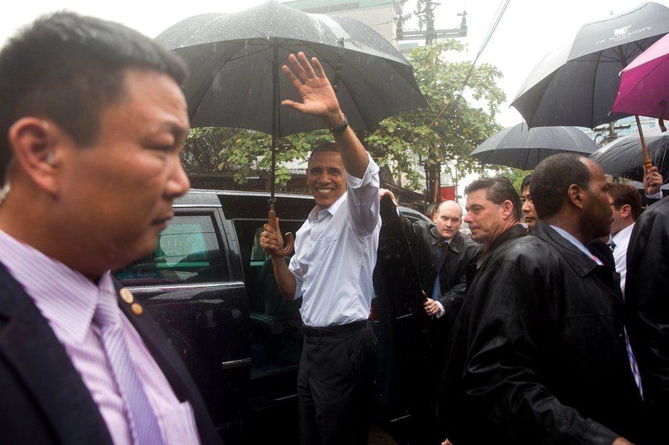 Obama an bun cha o Ha Noi vao top anh an tuong nhat tuan hinh anh 2