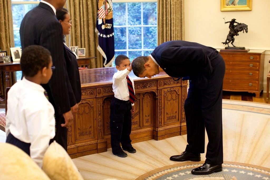 Obama - ong chu Nha Trang gan gui giua doi thuong hinh anh 2