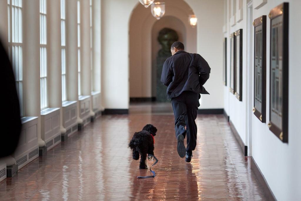 Obama - ong chu Nha Trang gan gui giua doi thuong hinh anh 9