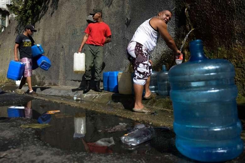Venezuela: Tu 'thien duong dau mo' toi day khung hoang hinh anh 7