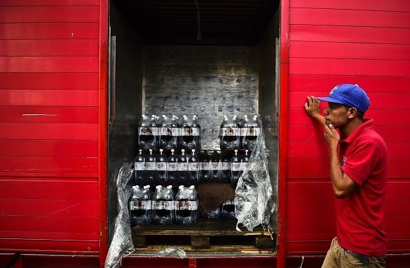 Venezuela: Tu 'thien duong dau mo' toi day khung hoang hinh anh 12