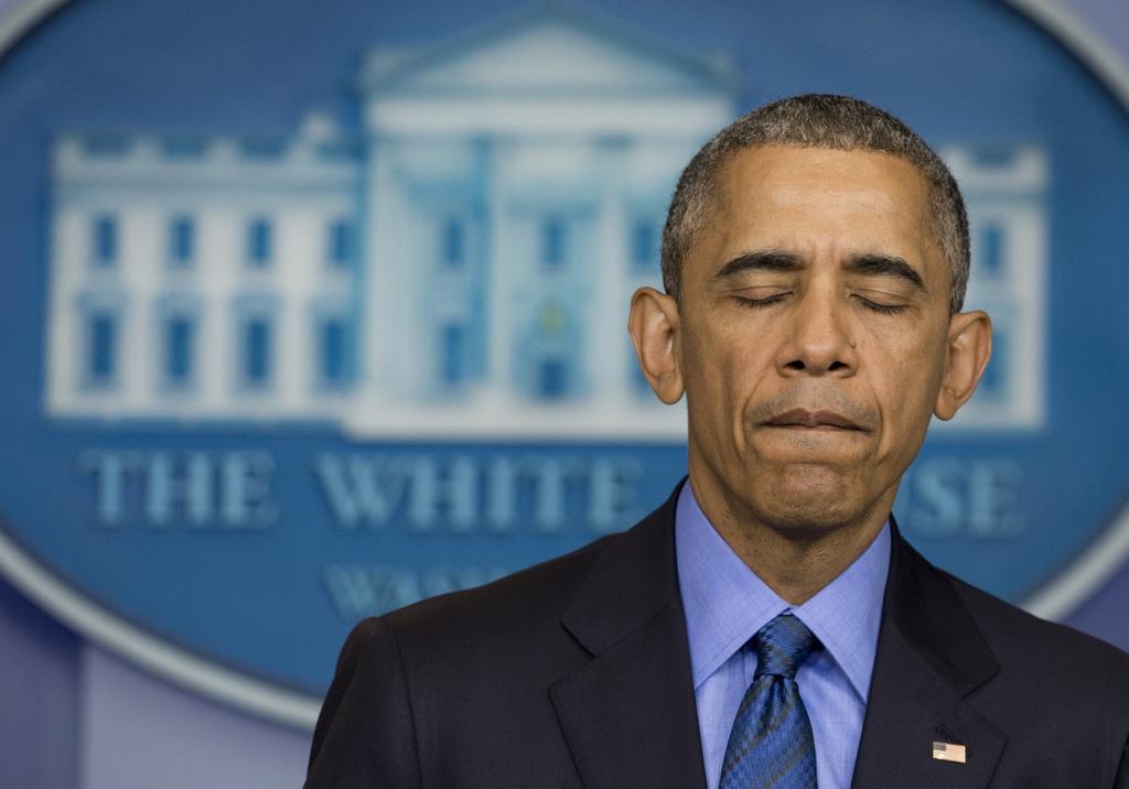 Giot nuoc mat bat luc cua ong Obama sau cac vu xa sung o My hinh anh 2