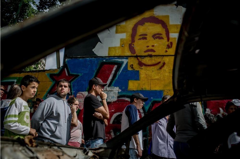Nguoi Venezuela an xoai, khoai lang tru bua giua khung hoang hinh anh 2