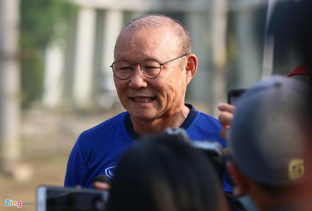 Bui Tien Dung san sang phuong an sut luan luu voi Olympic Nhat Ban hinh anh 1