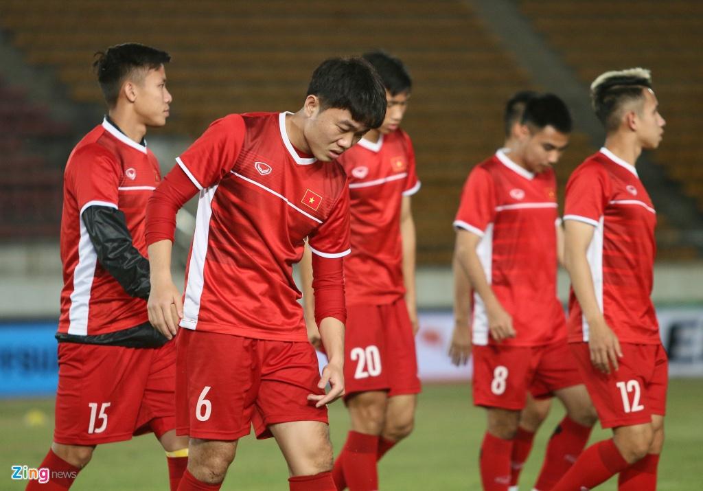 Quế Ngọc Hải tích cực giảm cân trước trận ra quân tại AFF Cup