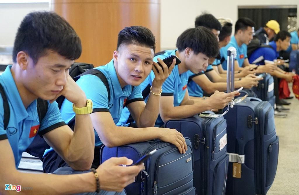 Thay tro ong Park Hang-seo theo doi tran Thai Lan khi vua den Myanmar hinh anh 9