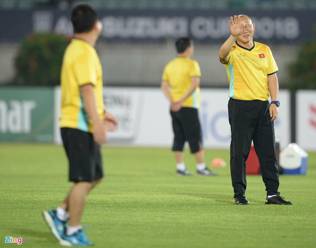 Myanmar,  Viet Nam,  AFF Cup,  Park Hang Seo,  cau nguyen,  doi tuyen anh 8